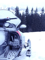 5 Michigan snowmobilers die in single day over holiday weekend