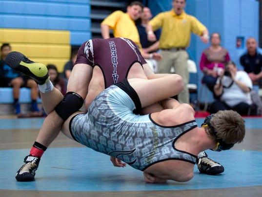 wrestling0222.jpg