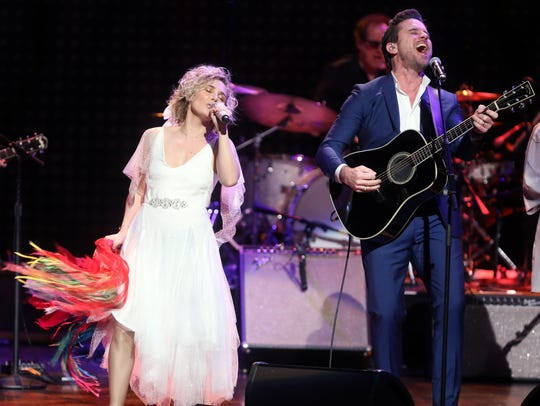 Clare Bowen and Charles Esten participates in the final