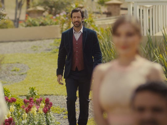 When Daniel (José María Yazpik) shows up at a wedding,