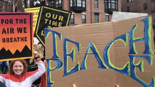 Members of Sunrise Tufts at a pre-coronavirus protest.