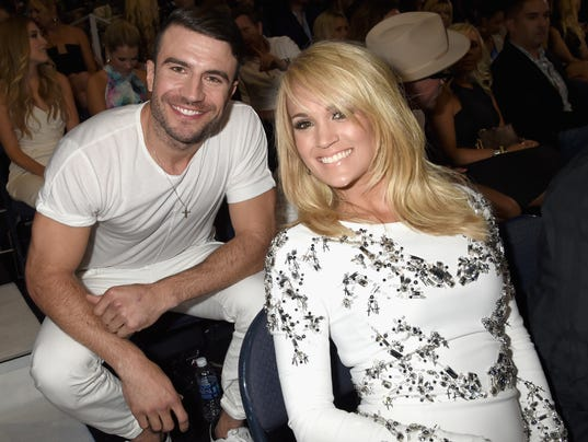 Two big winners sam hunt and carrie underwood both took home trophies