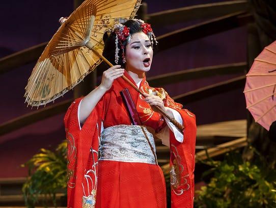 Soprano Inna Los (Butterfly) in Michigan Opera Theatre's