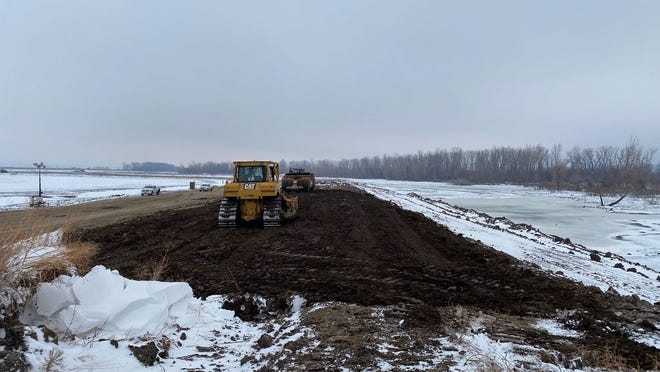 The U.S. Army Corps of Engineers, Omaha District closed a sixth breach along Missouri River Levee System L-550, located near Missouri River Mile 524 southeast of Rock Port, Missouri, on Tuesday, Jan. 14.