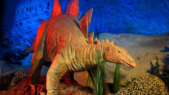 Einsatz: Der Dinosaurier kommt am Samstag ins National Museum der US Air Force in Fairborn, Ohio.