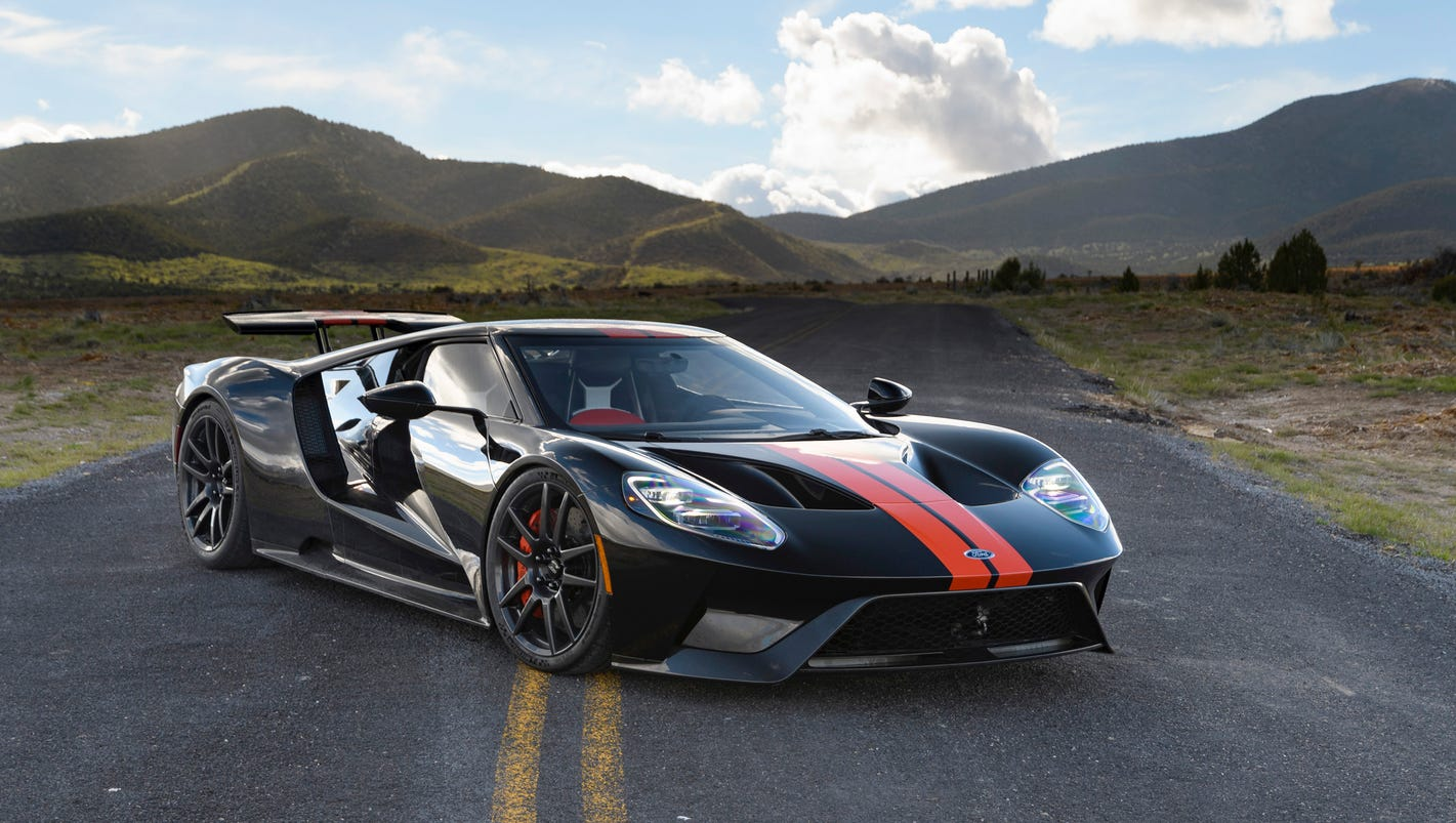 behind the wheel of the 450 000 ford gt super car. Black Bedroom Furniture Sets. Home Design Ideas