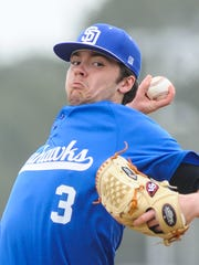 Stephen Decatur pitcher Grant Donahue signed his letter