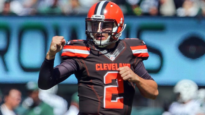 Browns QB Johnny Manziel threw his first NFL TD pass Sunday.