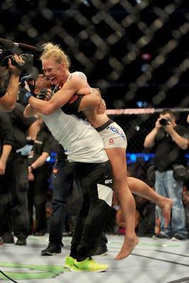 Holly Holm KO's Ronda Rousey, shocks the world