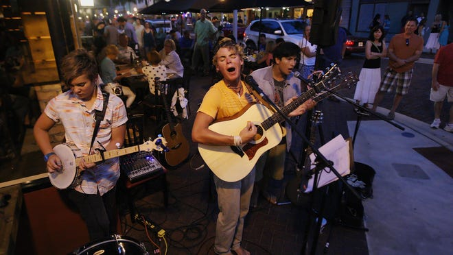 Music Walk takes to the streets in downtown Fort Myers tonight.