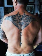 Stingray/Manta ray done by tattoo artist Dragon Edong