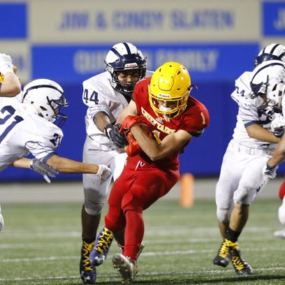 Friday Night Football: Aptos storms back in second half to beat Palma