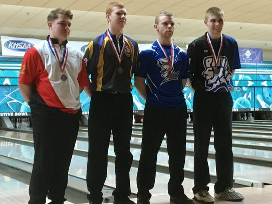 Campbell County's Cameron Bechtol, second from left,
