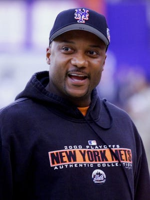 Darryl Hamilton played for five teams over 13 seasons, and appeared in the 2000 World Series with the New York Mets.
