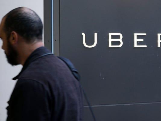 Uber, Lyft face new Chicago rules