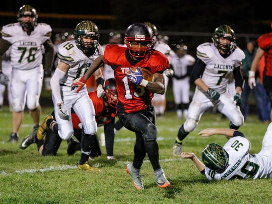Valders' Michael Gesese-Elsenpeter rushed for 1,464 yards last season.
