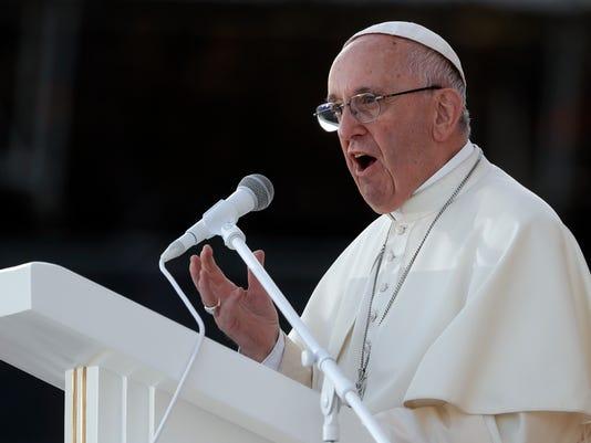 636058218858350370-Vatican-Pope-Gender-Davi.jpg