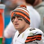 Cleveland Browns quarterback Johnny Manziel apologizes to fans.