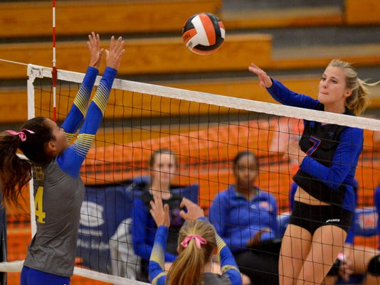 Westlake-Girls-volleyball 2.jpg
