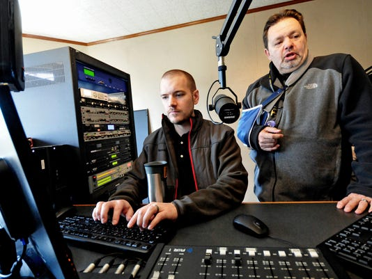 CPO-MWD-111315-Greencastle-radio