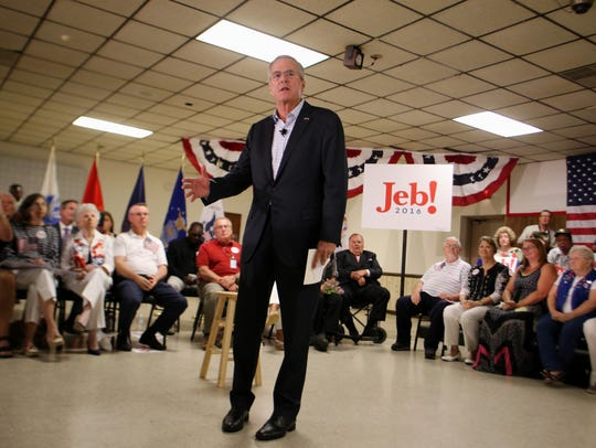 Former Florida governor Jeb Bush speaks to supporters