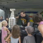 Penguins' Porter brings Stanley Cup to Plymouth
