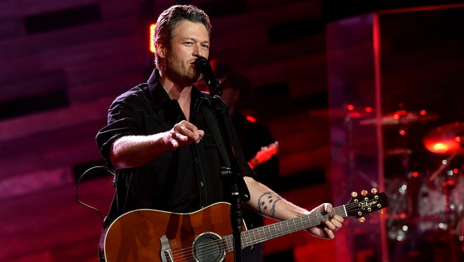 Blake Shelton will perform on May 28 at Indianapolis Motor Speedway.