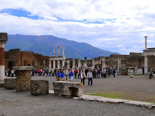 Travel-Trip-Perpetual Pompeii