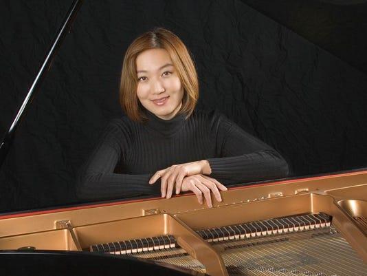 Naki Sung Kripfgans - Piano.jpg