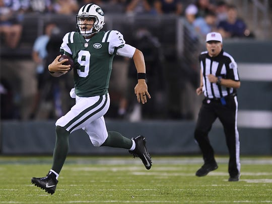Jets vs Titans pre-season game at MetLife Stadium in