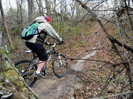 sTC 0525 Bike Trail 004.jpg
