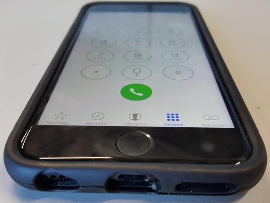 sby-cellplhone1.jpg