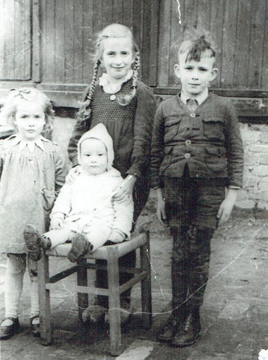 Meissner children (Dorlies, Susanne, Hans-Georg and