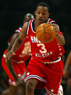 2/9/03 --ATLANTA, GA -- NBA ALL STAR GAME 2003 -- Steve Francis of the Houston Rockets in action at the NBA ALL STAR GAME held at Philips Arena in Atlanta, GA. (Photo by Eileen Blass, USA TODAY)