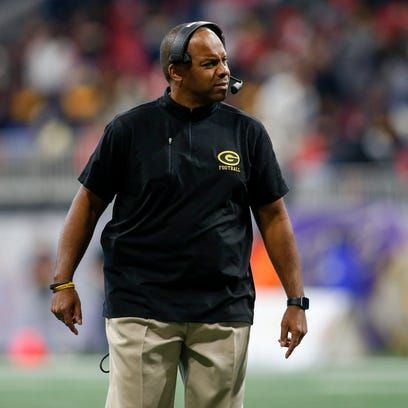 How does Grambling coach Broderick Fobbs' pay package rank in SWAC, FCS