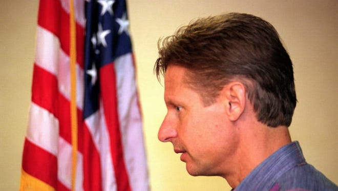 New Mexico Gov. Gary Johnson at a press conference a day after he was re-elected, Nov. 4, 1998, Albuquerque, N.M.