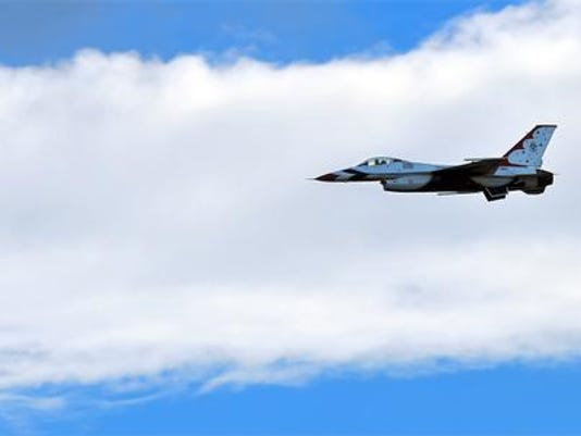 THUNDERSBIRDS FLY IN FOR AIR & SPACE SHOW15130