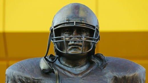 Pat Tillman statue at ASU