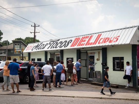 There always is a lunchtime line at Mas Tacos in Nashville.