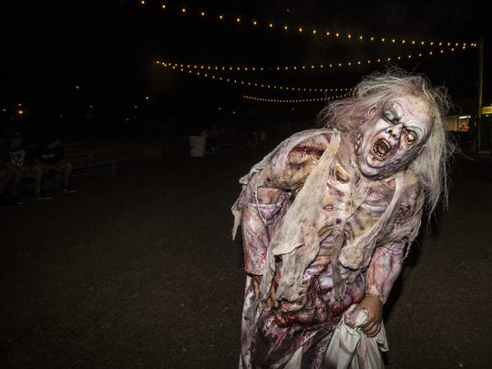 12 haunted houses in Phoenix for Halloween