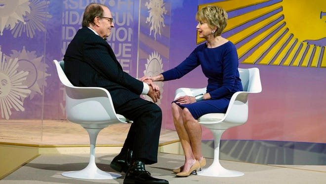 """In this Image released by CBS News, """"CBS News Sunday Morning"""" host Charles Osgood, left, introduces Jane Pauley as his replacement to host the program."""