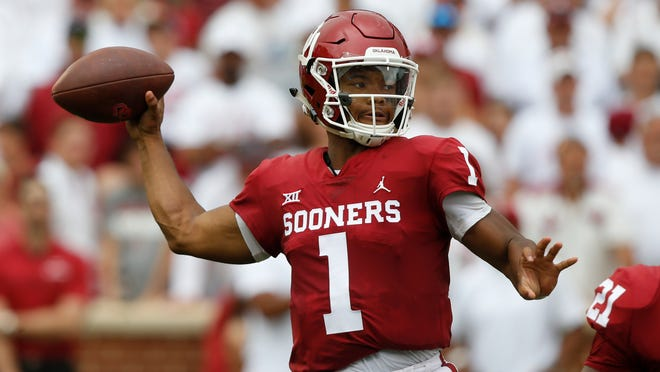 Oklahoma quarterback Kyler Murray (1) throws a pass against UCLA in Norman, Okla., on Sept. 8, 2018.
