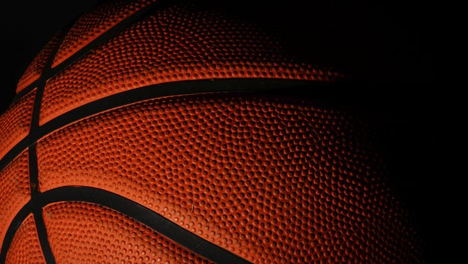 St. Johns boys basketball lost to Flushing, 41-39, on Wednesday night in the Class A district semifinal.