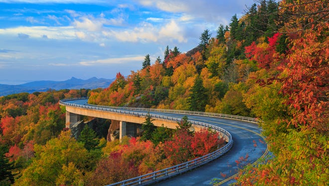 North Carolina Blue Ridge Parkway There is no lack of breathtaking vistas along the Blue Ridge Parkway in North Carolina. Near Asheville, the 450-mile stretch connects the Shenandoah with the Great Smoky Mountains.