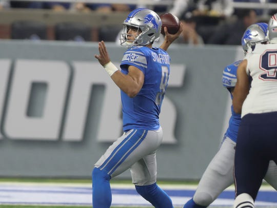 Matthew Stafford passes against the Patriots on Aug.