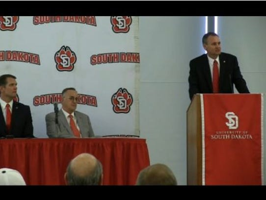 Bob Nielson speaks after being introduced Tuesday as