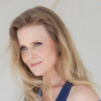 Grammy-nominated singer Tierney Sutton will mentor Nicolet students