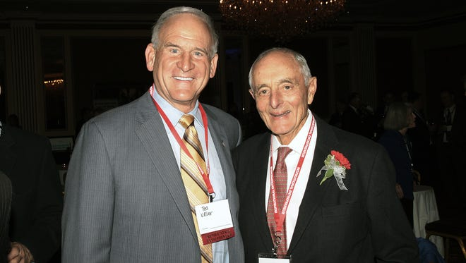 Ted Kellner, executive chairman of Fiduciary Management Inc. with BizStarts 2016 Honoree Sheldon Lubar, founder and chairman of Lubar & Co. at the 2016 BizStarts Inspirational Entrepreneur Awards.