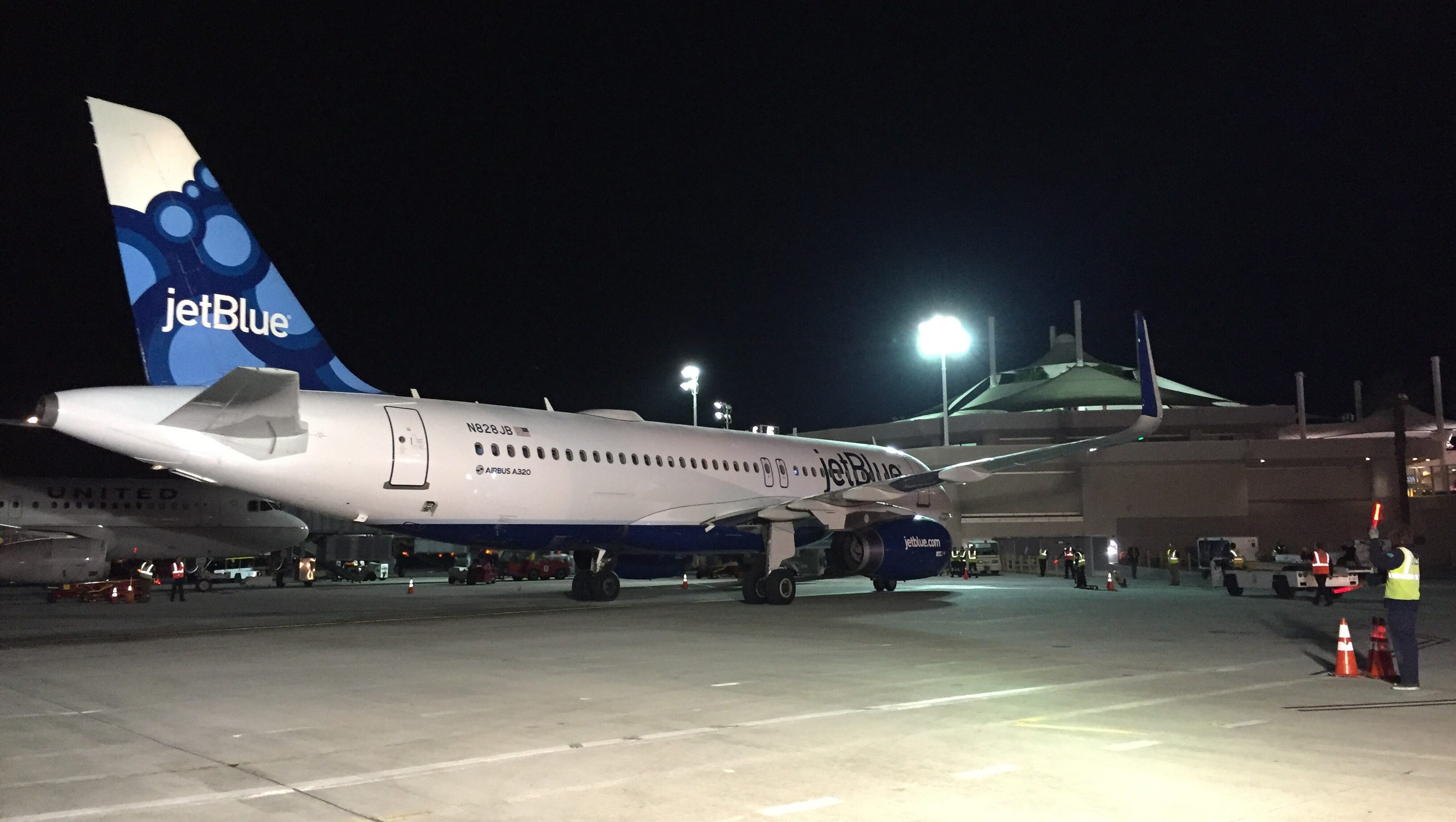 JetBlue arrives in Palm Springs