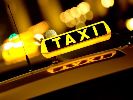 635516728237781737-taxi